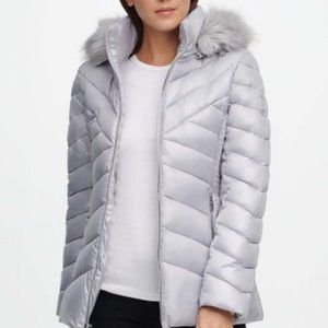 Silver Faux Fur-Hood Chevron Quilted Puffer Coat M
